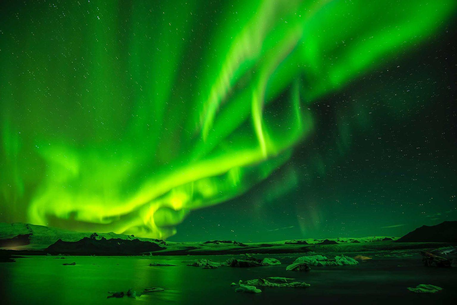 Iceland-winter-(1)-Holiday