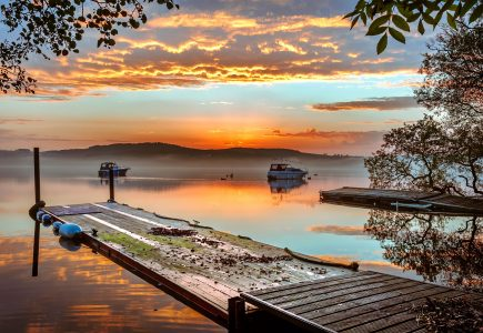 Scotland-Holiday-Loch-sunset