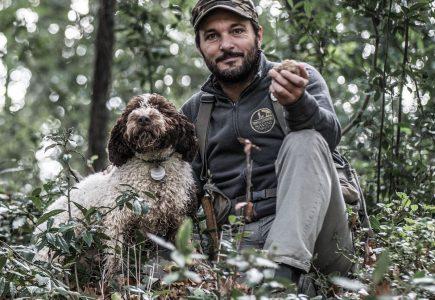 Truffle Hunting (10)-Italy-Holiday